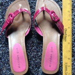 EUC Steve Madden Pink Snakeskin Sandals!